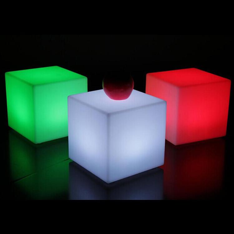 3 glow cubes