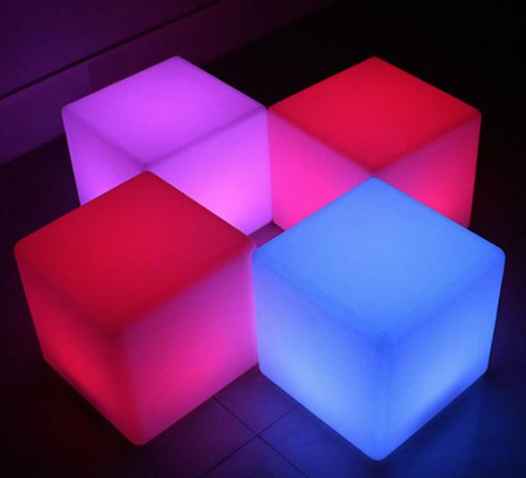 4 glow cubes