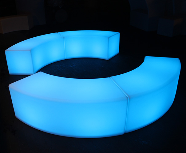 4 glow curved benches